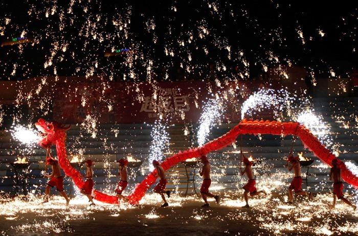 китайский новый год Праздники в китае