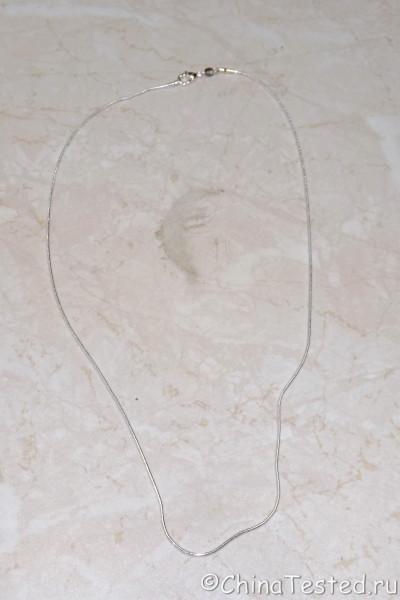 серебряная цепочка на шею